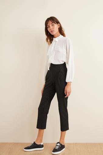 Siyah Pileli Çizgili Pantolon