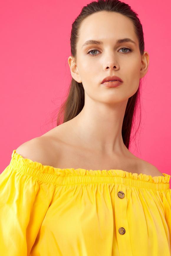 Sarı Gipeli Bluz