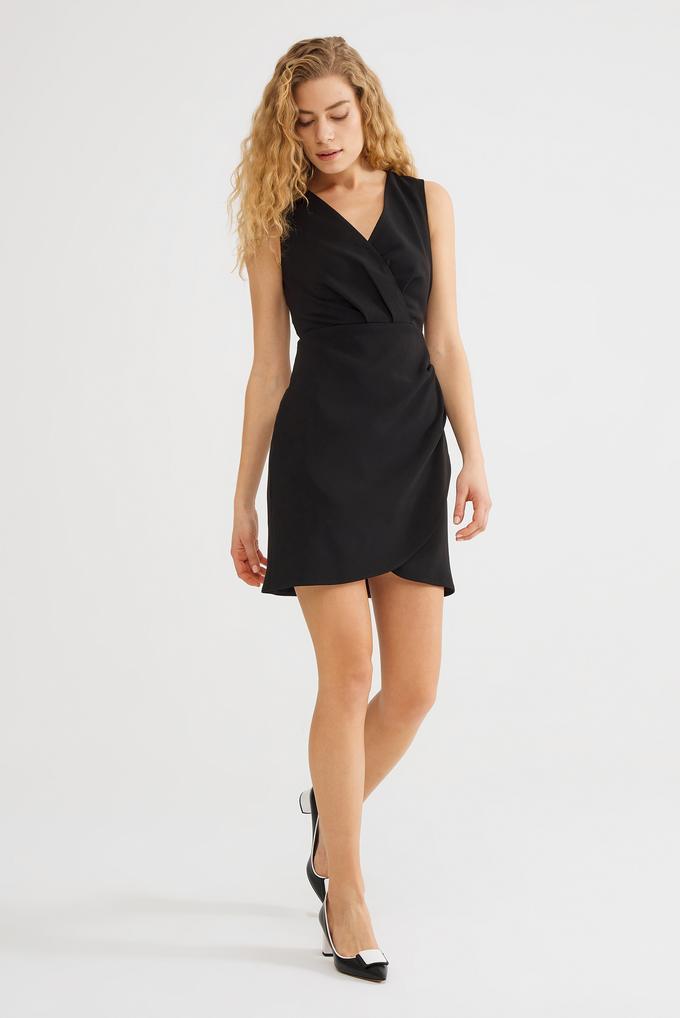 Siyah Kolsuz Mini Elbise