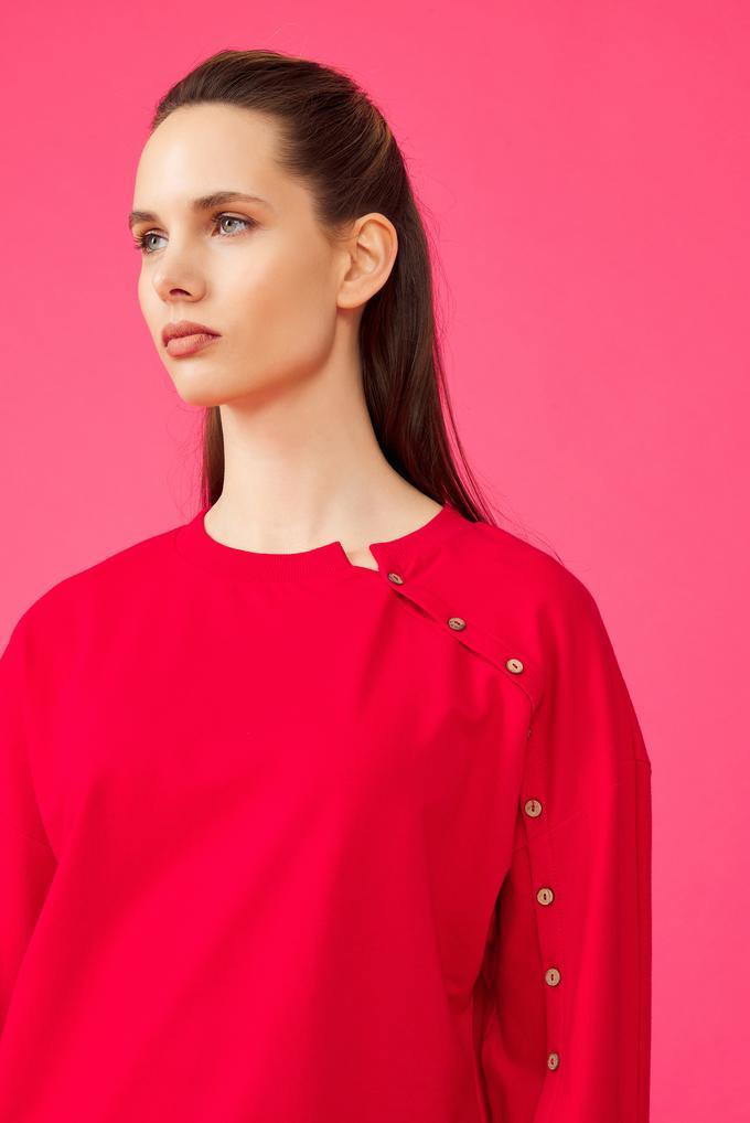 Kırmızı Düğmeli Sweatshirt