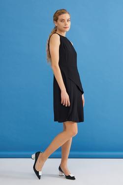 Kolsuz Pliseli Elbise