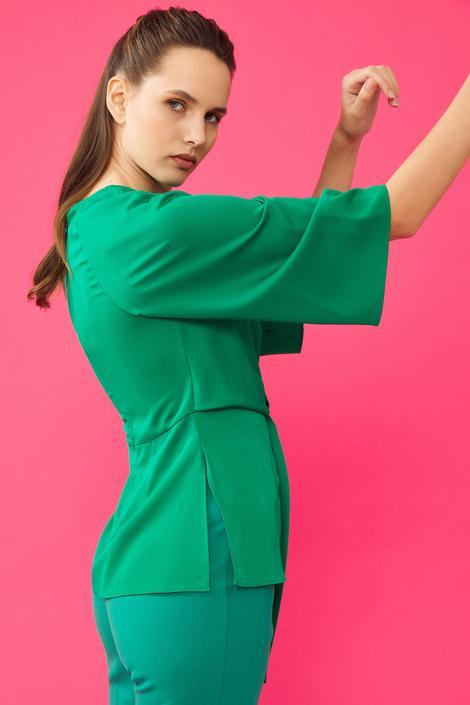 Yeşil Önden Bağlamalı Bluz