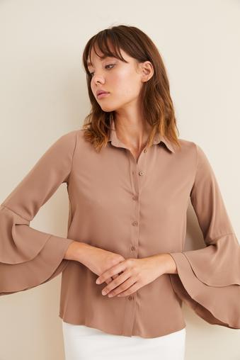 Kahverengi Kolları Volanlı Gömlek