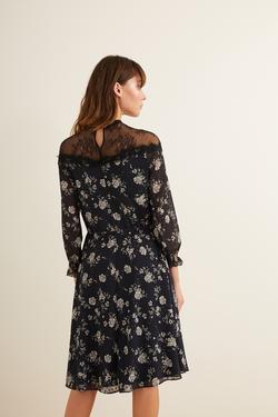 Omuzları  Dantelli Desenli Elbise