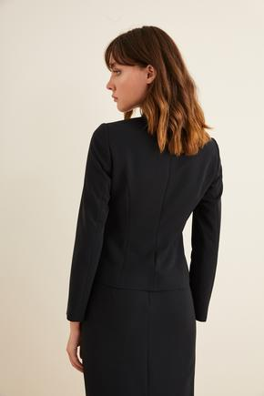 Siyah Şık Düğmeli Blazer Ceket