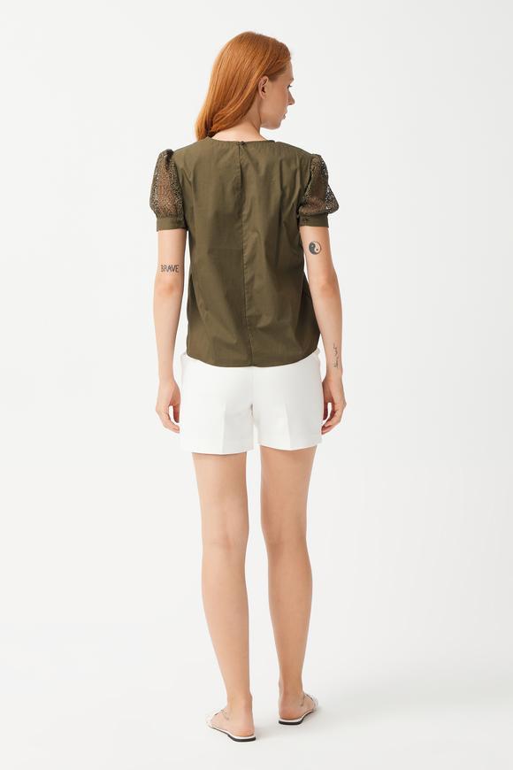 Yeşil Kolları Dantel Kısa Kol Bluz