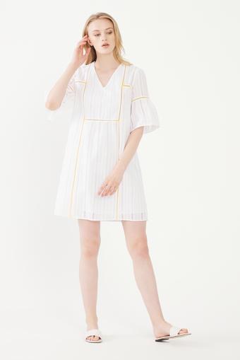 Beyaz V Yaka ı Elbise