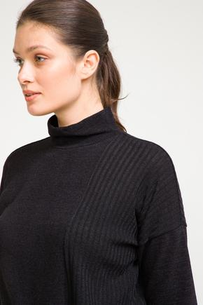 Siyah Bağcıklı Bluz