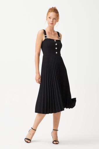 Siyah Piliseli Elbise