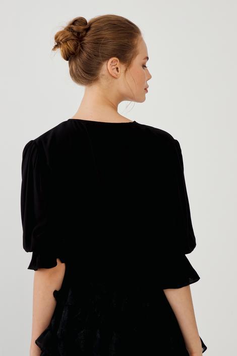 Siyah Gipeli Bluz