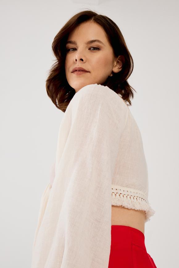 Bej Keten Karışımlı Önden Bağlamalı Crop Bluz