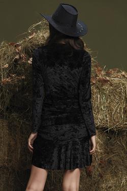 Etek Ucu Volanlı Elbise