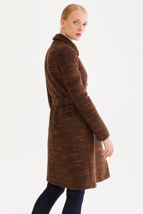 Kahverengi Düğmeli Kaban