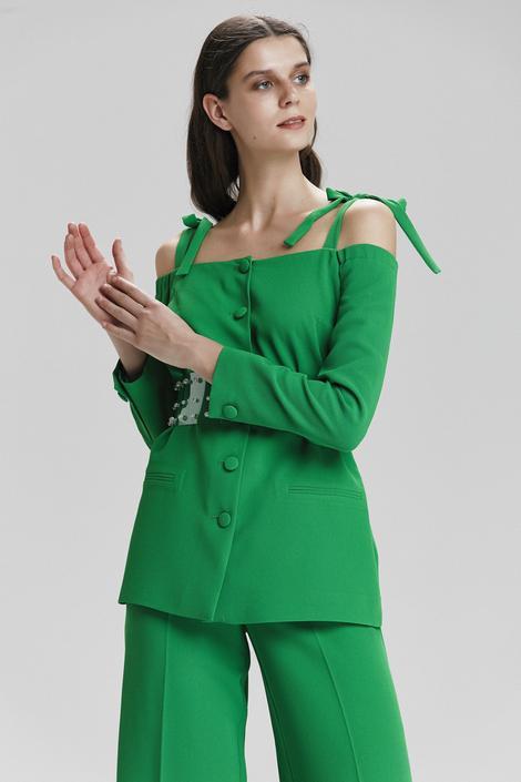 Yeşil Omuzdan Bağcıklı Ceket