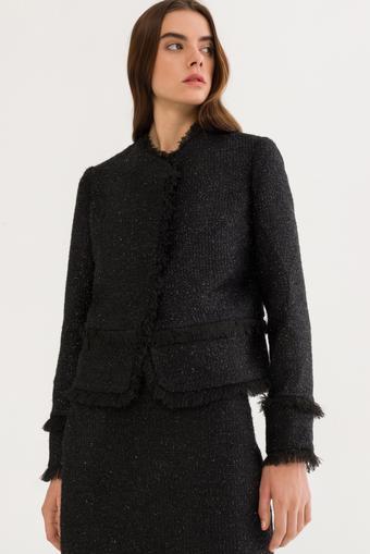 Siyah Püsküllü Ceket