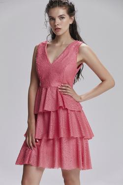 V Yaka Payet Elbise