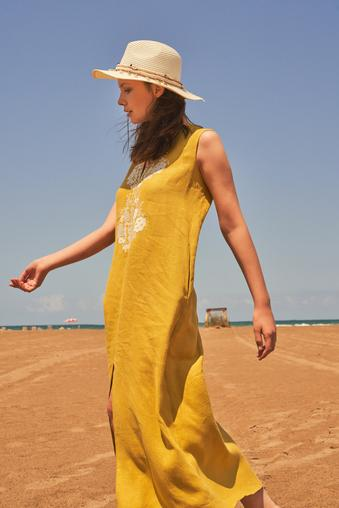 Sarı Nakışlı Keten Elbise