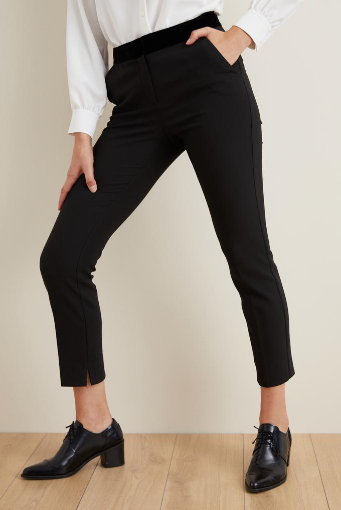 Siyah Beli Kadife Garnili Pantolon