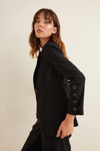 Siyah Kolları Düğmeli Ceket