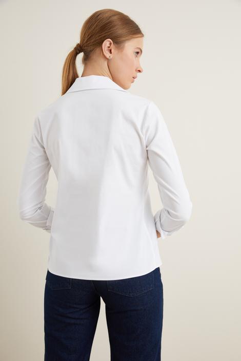 Beyaz Patı Aksesuarlı Poplin Gömlek