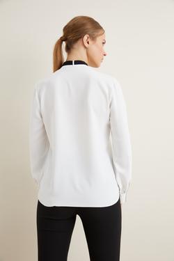 Yakası  Şeritli Gömlek