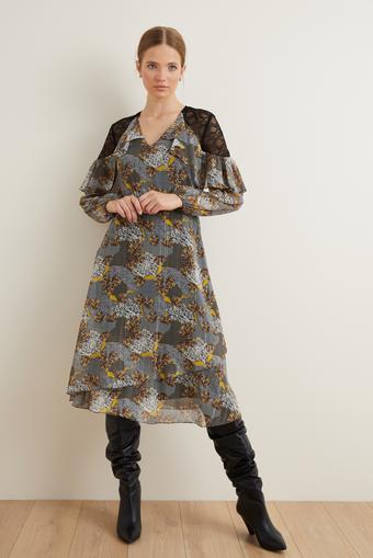 Siyah Omuzları Dantelli Şifon Elbise