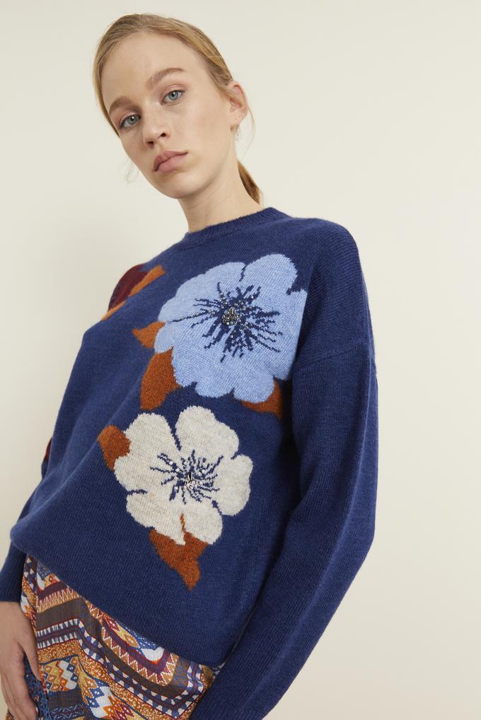 Lacivert Çiçek Desenli El İşlemeli Triko Kazak