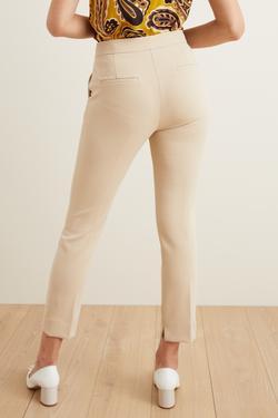 Paçası Yırtmaçlı Dar Paça Pantolon