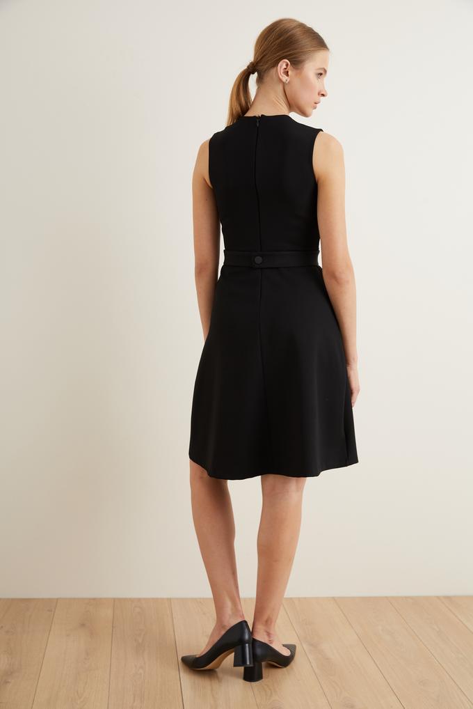 Siyah Beli Kemerli Kloş Elbise