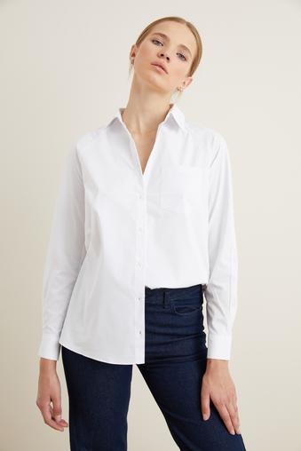 Beyaz Arkası Detaylı Gömlek