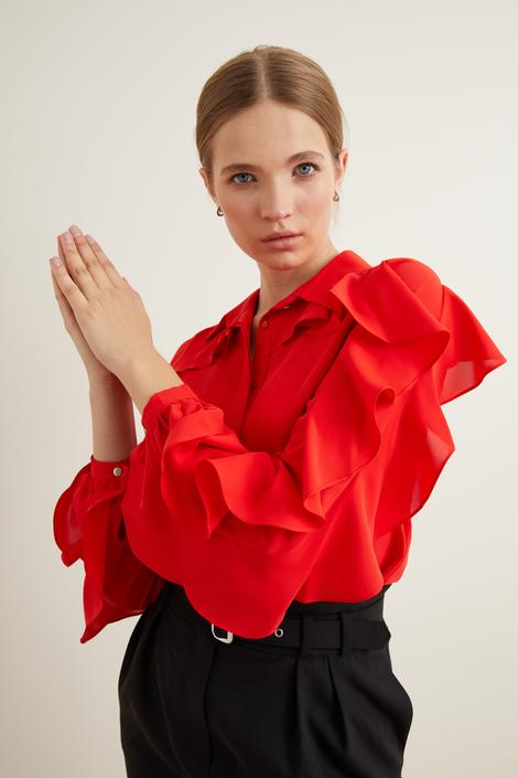 Kırmızı Kolları Volanlı Gömlek