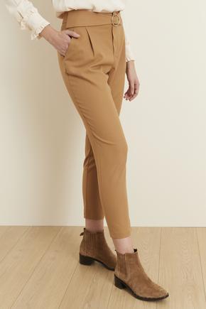 Kahverengi Kemerli Pileli Pantolon
