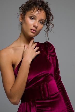 Bordo Tek Omuz Kadife Elbise