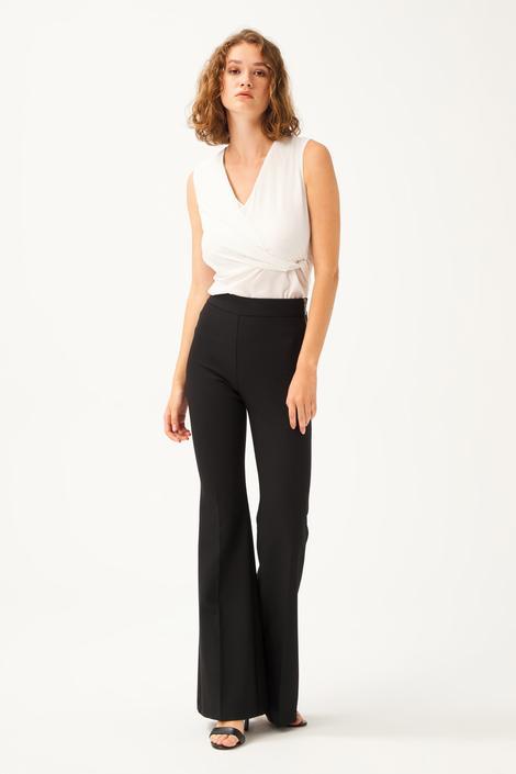 Siyah Yandan Fermuarlı Pantolon