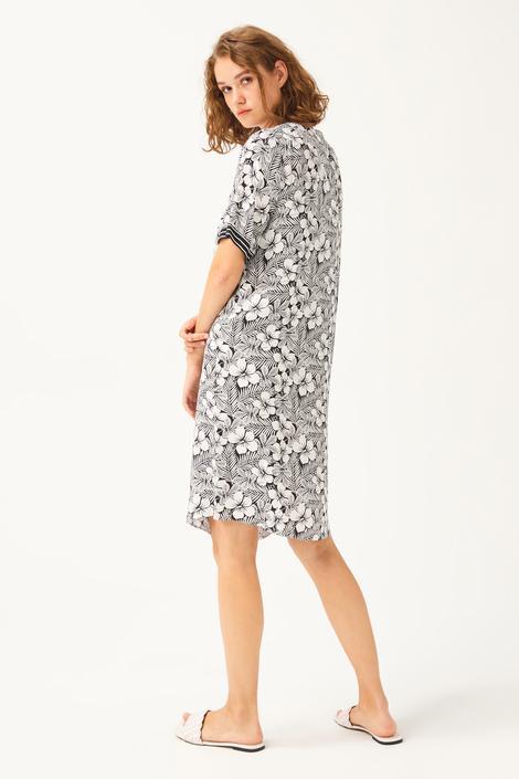 Bej V Yaka Elbise