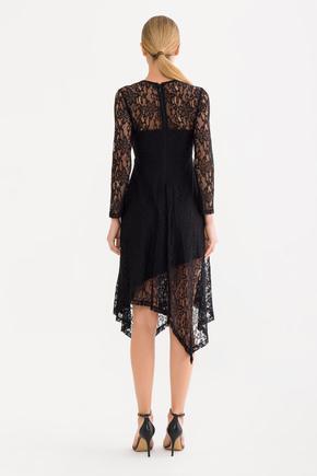 Siyah Asimetrik Etek Elbise