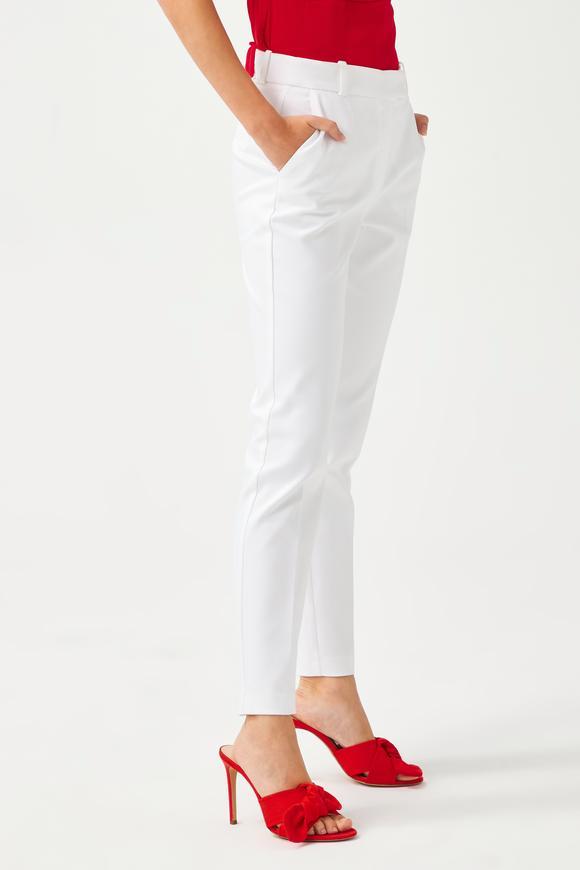 Beyaz Bilek Boy Pantolon