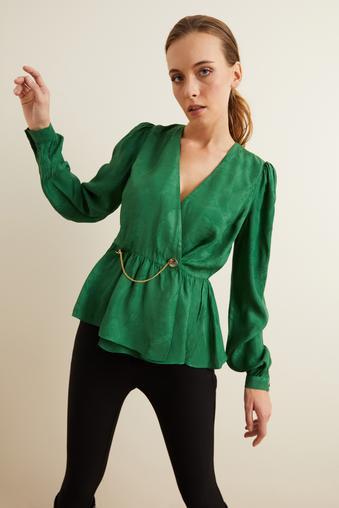 Yeşil Metal Aksesuarlı Kruvaze Bluz