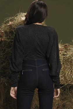 Önü Pileli V Yaka Simli Örme Body Bluz