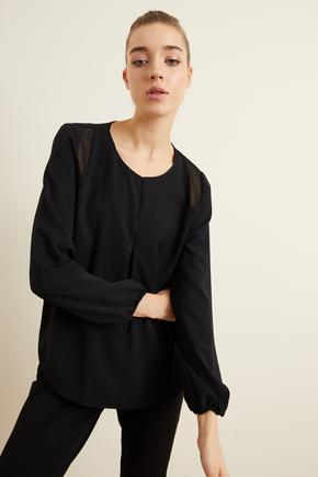 Siyah Omuz Şifon Detaylı Bluz