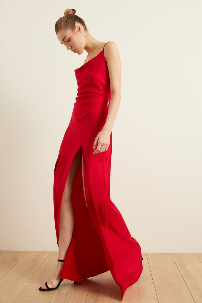 Kırmızı Askılı Slip Saten Elbise