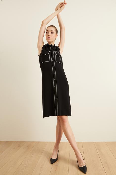 Siyah Dikiş Detaylı Triko Elbise