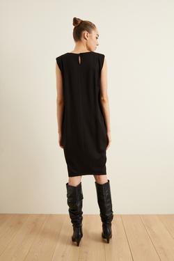 Örme Omuz Detaylı Elbise