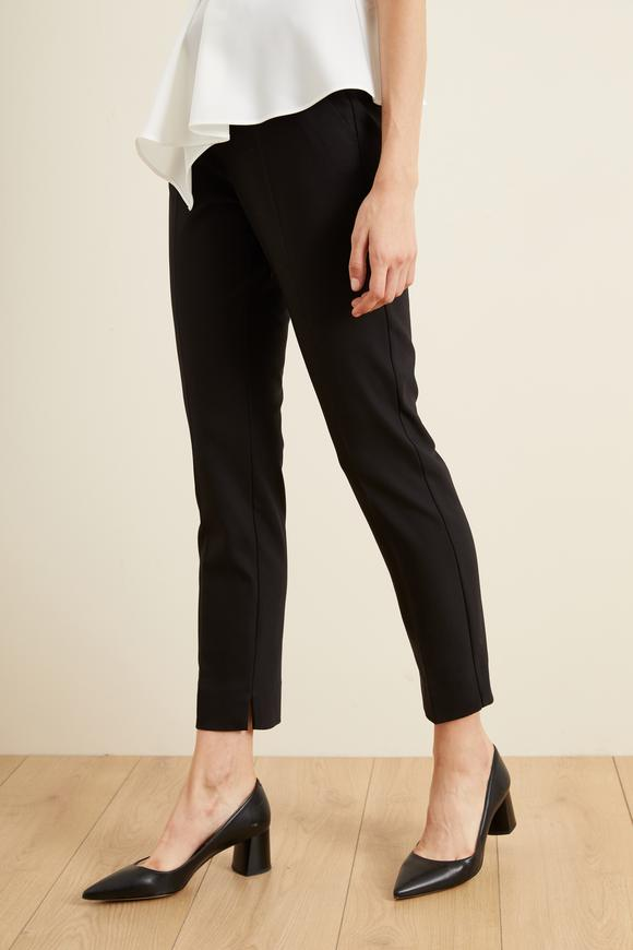 Siyah Paçası Yırtmaçlı Cepli Pantolon