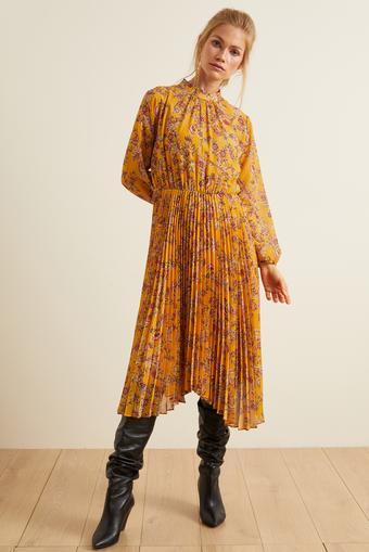 Safran Pliseli Desenli Şifon Elbise