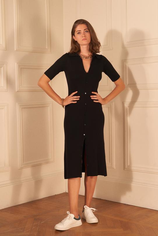 Siyah Yün Karışımlı Önü Düğmeli Triko Elbise