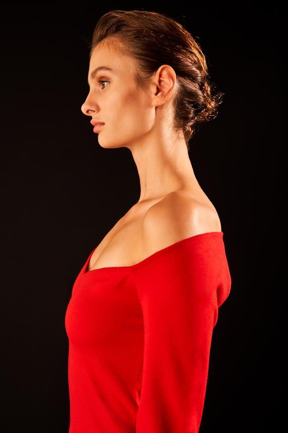 Kırmızı Prenses Yaka Triko Kazak
