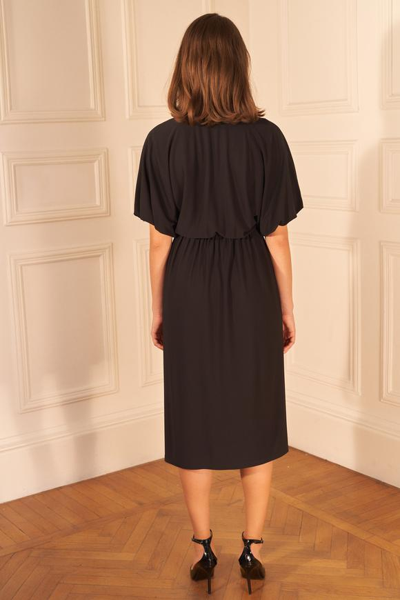 Siyah Yakası İşlemeli Kruvaze Elbise