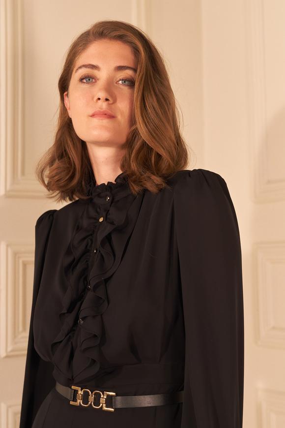 Siyah Kemerli Uzun Kol Şifon Elbise