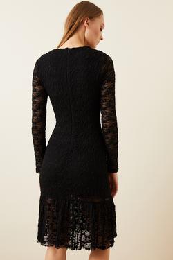 Eteği Volanlı Dantel Elbise